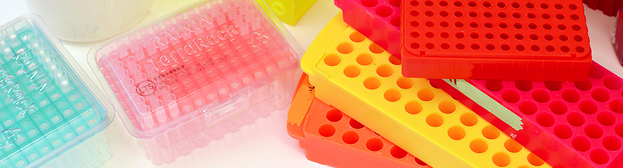 Colourful test tube racks and boxes for pipette tips